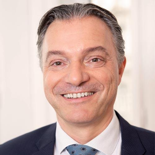 Dr. Bernhard Hofmann